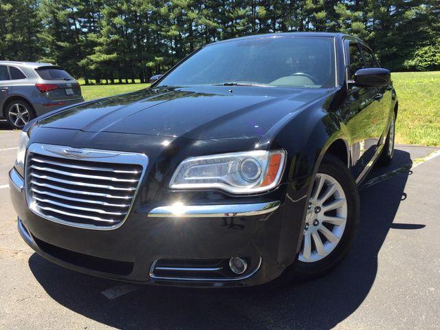 2013 Chrysler 300 in Leesburg, Virginia 20175