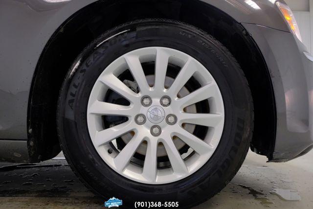 2013 Chrysler 300 Base in Memphis, Tennessee 38115