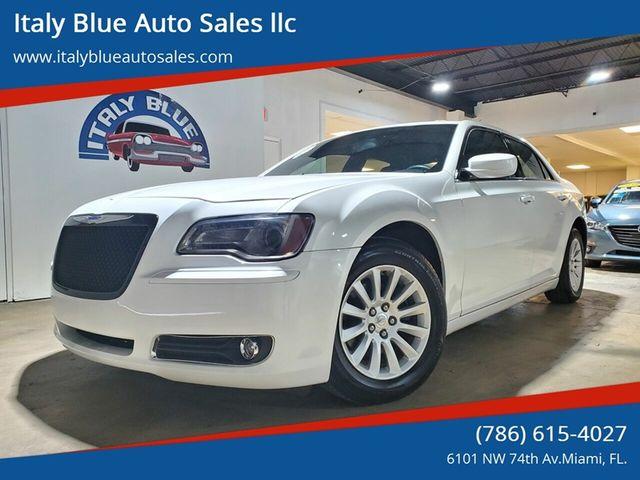 2013 Chrysler 300 Motown in Miami, FL 33166