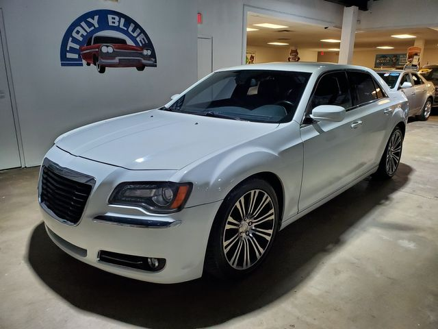 2013 Chrysler 300 300S in Miami, FL 33166