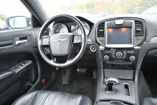 2013 Chrysler 300 S Naugatuck, Connecticut 12