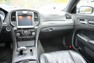 2013 Chrysler 300 S Naugatuck, Connecticut 14