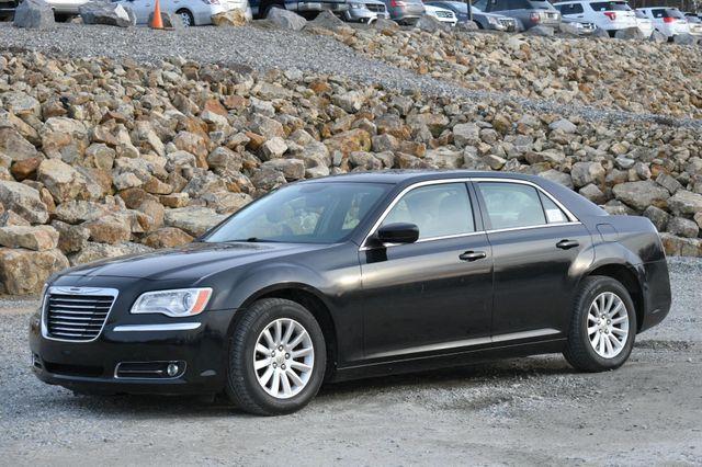 2013 Chrysler 300 Naugatuck, Connecticut