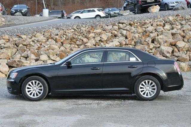 2013 Chrysler 300 Naugatuck, Connecticut 1