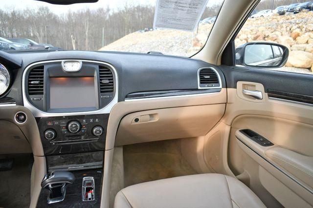 2013 Chrysler 300 Naugatuck, Connecticut 12