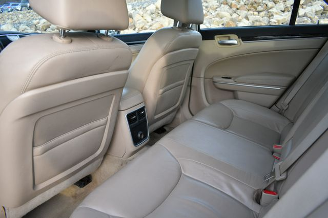 2013 Chrysler 300 Naugatuck, Connecticut 8