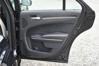 2013 Chrysler 300 Motown Naugatuck, Connecticut 11