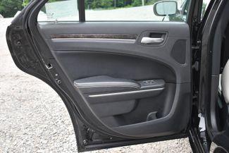 2013 Chrysler 300 Motown Naugatuck, Connecticut 12