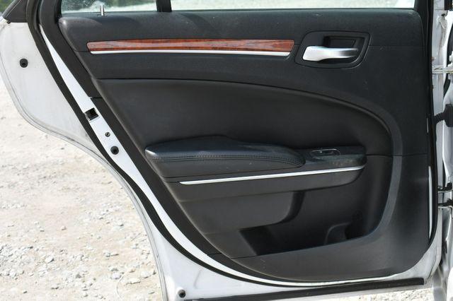 2013 Chrysler 300 Naugatuck, Connecticut 13