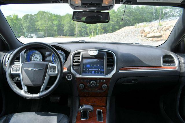 2013 Chrysler 300 Naugatuck, Connecticut 15