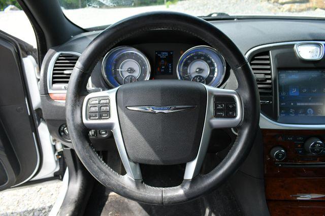 2013 Chrysler 300 Naugatuck, Connecticut 18