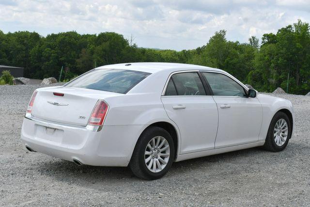 2013 Chrysler 300 Naugatuck, Connecticut 6