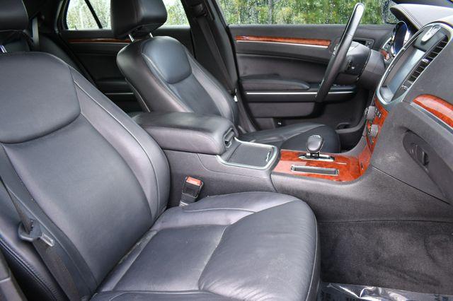 2013 Chrysler 300 Naugatuck, Connecticut 10