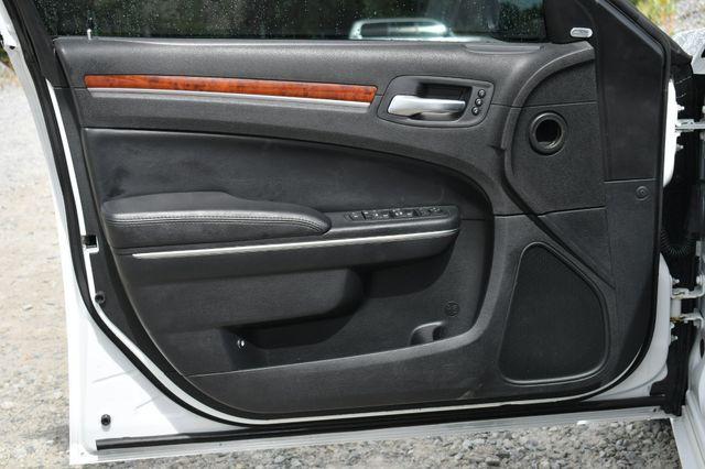 2013 Chrysler 300 Naugatuck, Connecticut 21