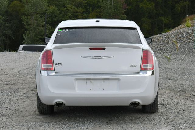2013 Chrysler 300 Naugatuck, Connecticut 5