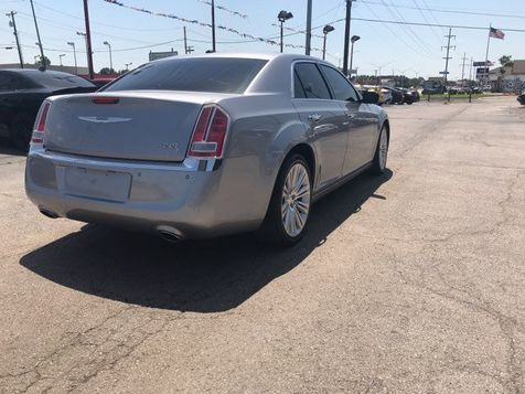 2013 Chrysler 300 300C | Oklahoma City, OK | Norris Auto Sales (NW 39th) in Oklahoma City, OK