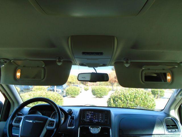 2013 Chrysler Town & Country Touring in Alpharetta, GA 30004