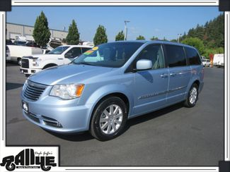 2013 Chrysler Town & Country Touring Van in Burlington, WA 98233