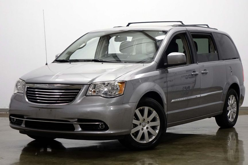 2013 Chrysler Town & Country Touring | Dallas Texas | Shawnee Motor Company