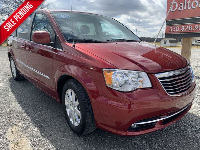 2013 Chrysler Town & Country Touring in Dalton, OH 44618