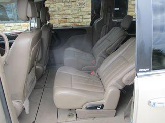 2013 Chrysler Town & Country Touring-L Farmington, MN 3