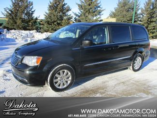 2013 Chrysler Town & Country Touring Farmington, MN