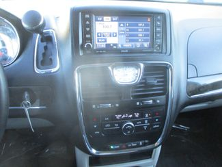 2013 Chrysler Town & Country Touring Farmington, MN 5