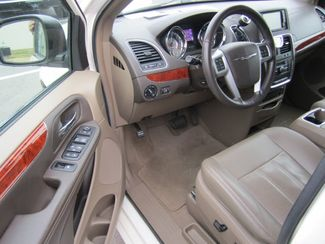2013 Chrysler Town  Country Touring-L  Fort Smith AR  Breeden Auto Sales  in Fort Smith, AR