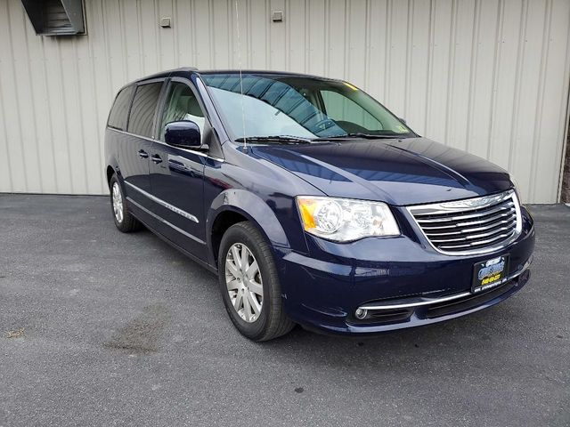 2013 Chrysler Town & Country Touring in Harrisonburg, VA 22802
