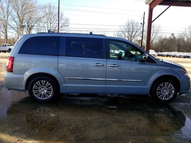 2013 Chrysler Town & Country Touring-L Houston, Mississippi 2
