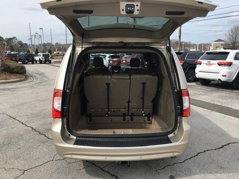 2013 Chrysler Town & Country Limited | Huntsville, Alabama | Landers Mclarty DCJ & Subaru in Huntsville, Alabama