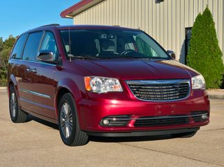 2013 Chrysler Town & Country Touring-L in Jackson, MO 63755