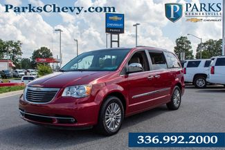 2013 Chrysler Town & Country Touring-L in Kernersville, NC 27284