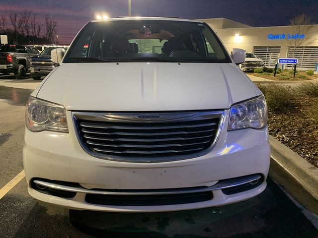 2013 Chrysler Town & Country Touring in Kernersville, NC 27284