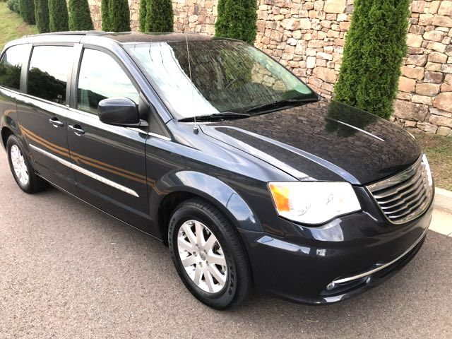 2013 Chrysler-Great Condition! Buy Here Pay Here!! Town & Country- RETAILS $10999! Touring-CARMARTSOUTH.COM Knoxville, Tennessee 4