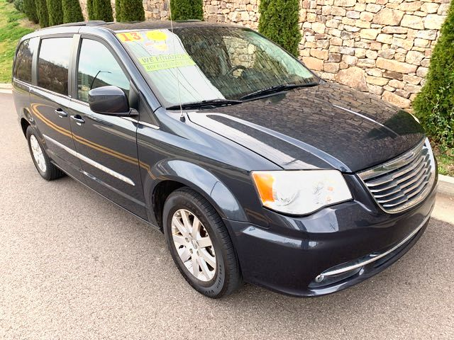 2013 Chrysler-3 Owner!!! Leather ! Dvd!! Town & Country-BUY HERE PAY HERE Touring-CARMARTSOUTH.COM