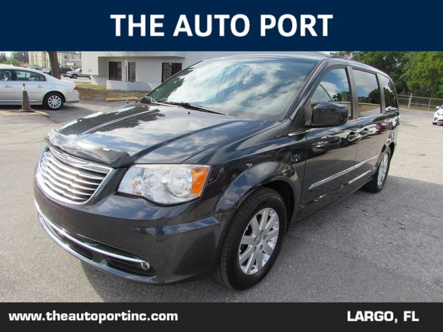 2013 Chrysler Town & Country Touring W/NAVI