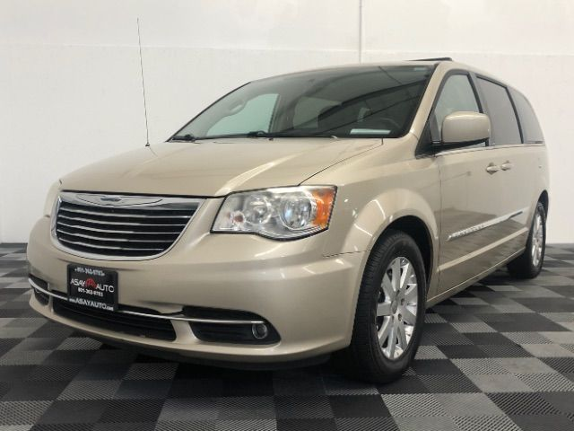 2013 Chrysler Town & Country Touring LINDON, UT
