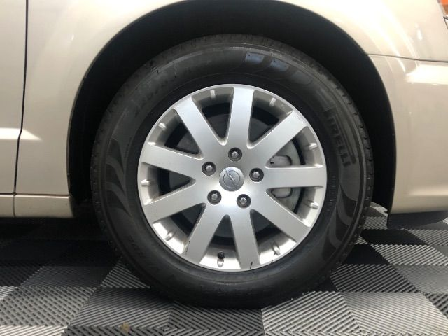 2013 Chrysler Town & Country Touring LINDON, UT 11