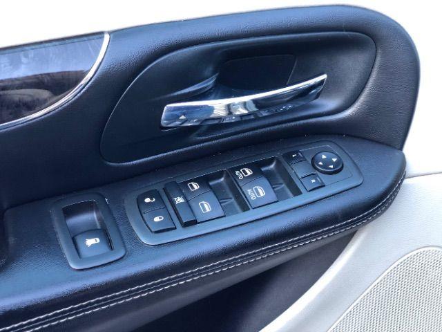 2013 Chrysler Town & Country Touring LINDON, UT 17