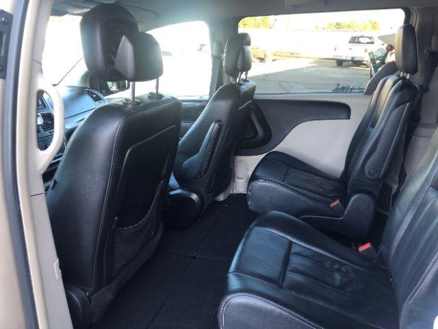 2013 Chrysler Town & Country Touring LINDON, UT 18