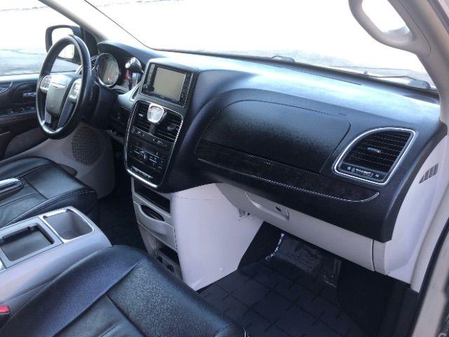 2013 Chrysler Town & Country Touring LINDON, UT 22