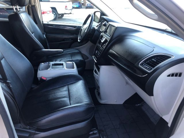 2013 Chrysler Town & Country Touring LINDON, UT 23