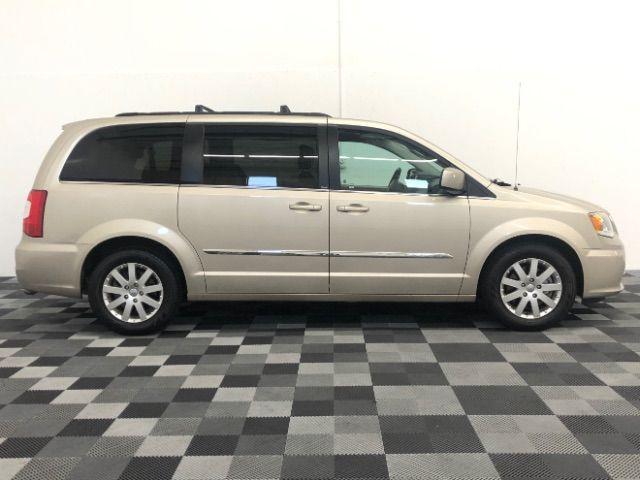 2013 Chrysler Town & Country Touring LINDON, UT 7