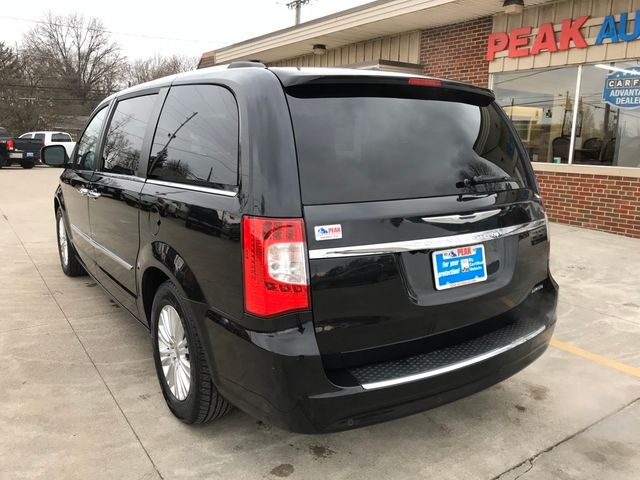 2013 Chrysler Town & Country Limited in Medina, OHIO 44256