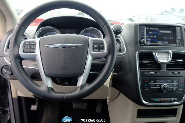 2013 Chrysler Town & Country Touring in Memphis, Tennessee 38115