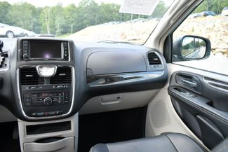 2013 Chrysler Town & Country Touring Naugatuck, Connecticut 17