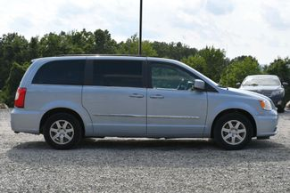 2013 Chrysler Town & Country Touring Naugatuck, Connecticut 5