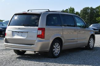 2013 Chrysler Town & Country Touring Naugatuck, Connecticut 4