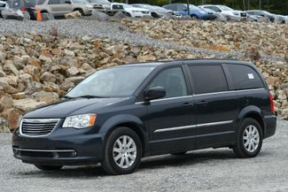 2013 Chrysler Town & Country Touring Naugatuck, Connecticut